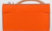 Orange Filztasche für hörbert, Rückseite